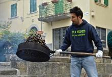Dal 19 al 24 ottobre divieto di sosta in via Roma (Piazza Dall'Olio), per la 'Festa della Castagna'